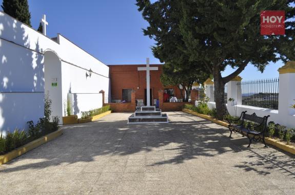 Diferentes actos religiosos conmemorarán el Día de Todos los Santos en Monesterio