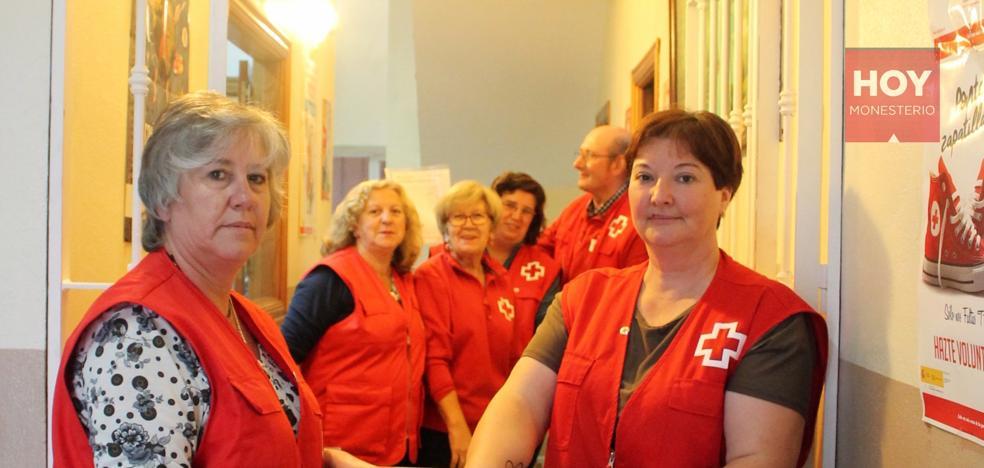 Cruz Roja Monesterio reparte unos 12.000 kilos de alimentos entre más de un centenar de familias