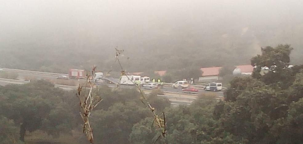 Dos heridos leves en el accidente de una caravana cerca de Monesterio