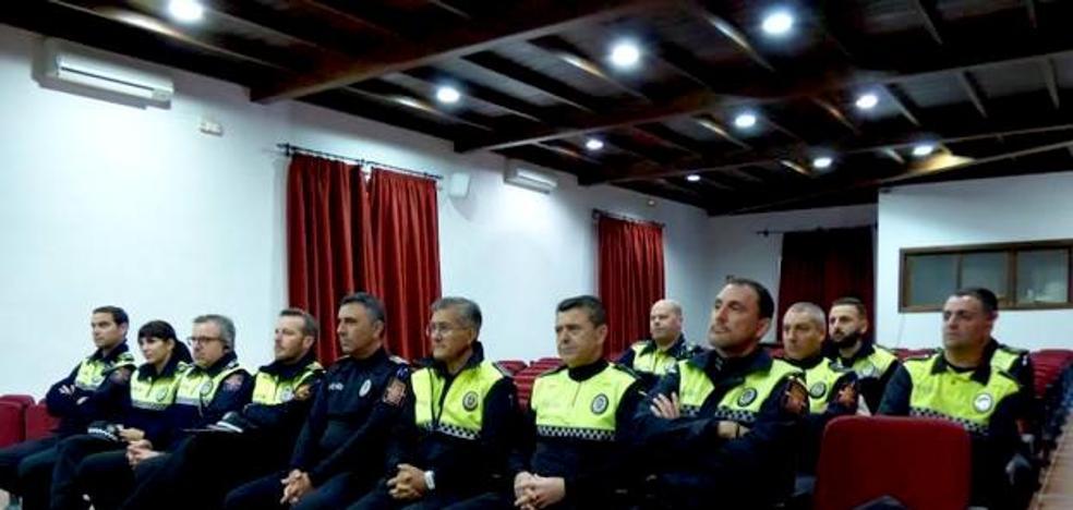 La Policía Local de Monesterio se forma en liderazgo y gestión de equipos