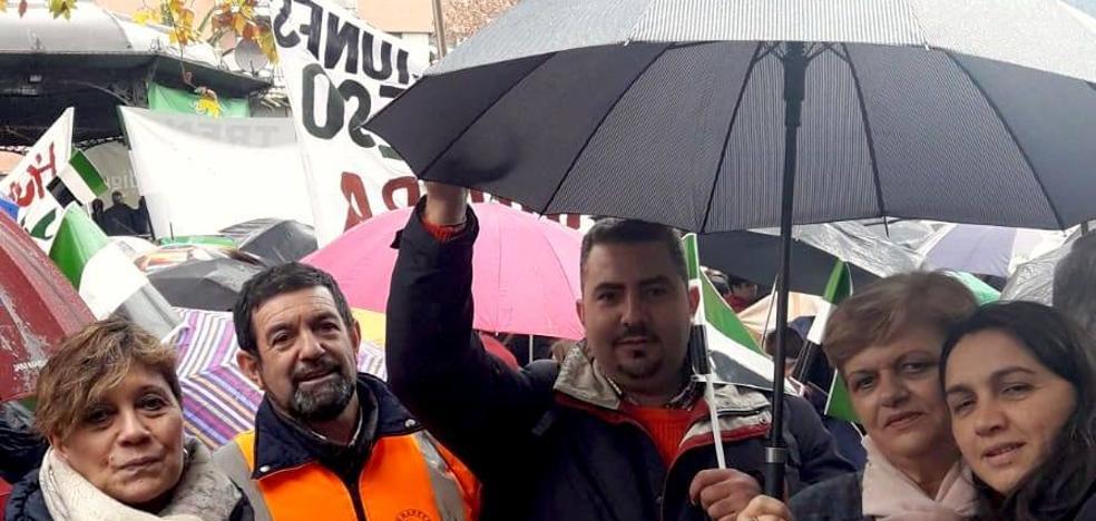 Los monesterienses también se movilizan por un tren digno para Extremadura en Cáceres
