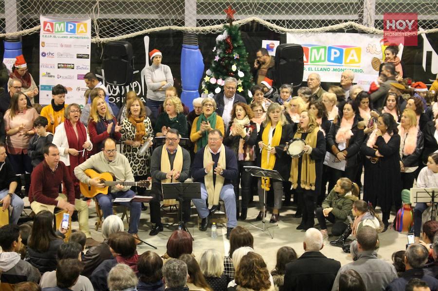 Monesterio canta y pide deseos a la Navidad