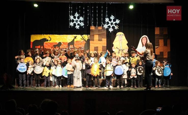 Festival Infantil Navideño de los alumnos del CEIP 'El Llano'