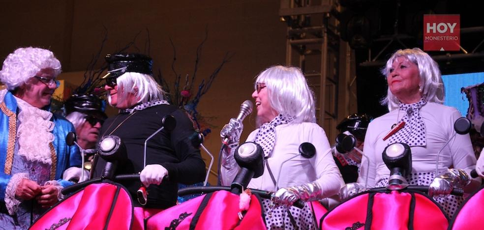 25 creaciones carnavalescas protagonizan el concurso de disfraces de este año