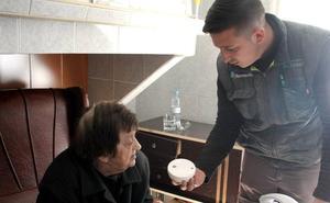 Comienza la instalación de detectores de humo en domicilios de mayores en Monesterio