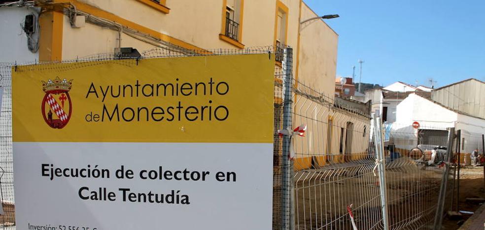 Cerrado el paso de peatones por la calle Huerta Murcia
