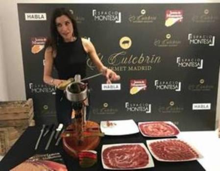 En la boda de Pilar Rubio se comió jamón de Monesterio