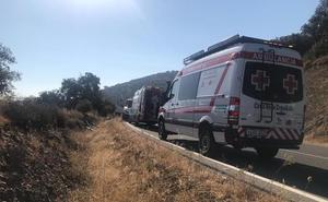 Cuatro jóvenes, entre ellos un menor, resultan heridos en un accidente en Monesterio