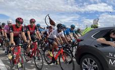 Cálido recibimiento en Monesterio a la recuperada Vuelta Ciclista Extremadura