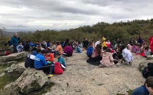 Casi 300 escolares participan en la II Ruta Senderista de Convivencia