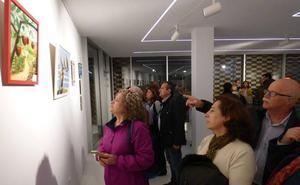 Una exposición colectiva reúne obras de 25 creadores locales