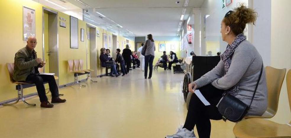 Médicos de Atención Primaria alertan del escaso tiempo que tienen para atender a los pacientes