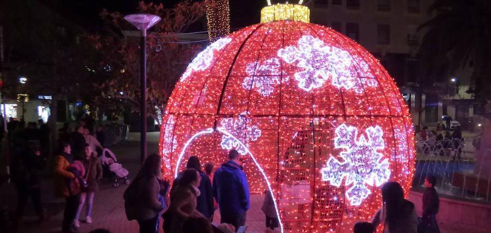 Se estrenan los nuevos elementos de la iluminación navideña