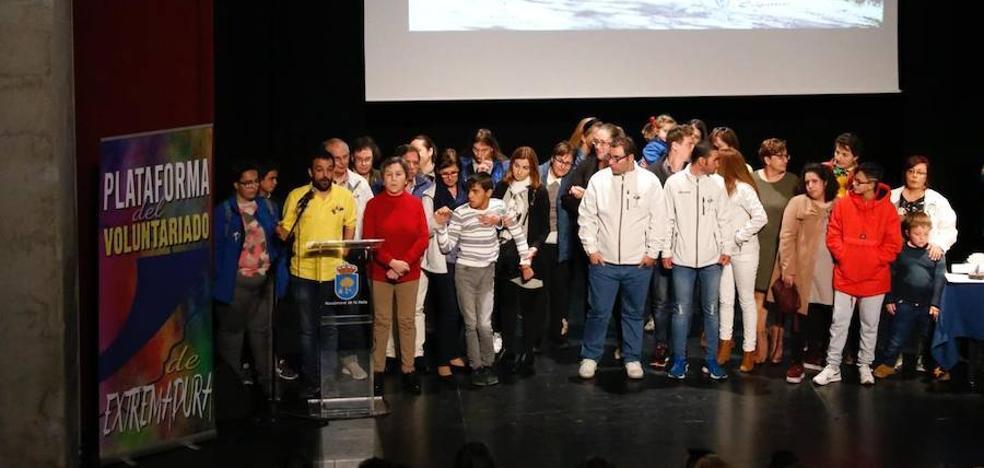 La Plataforma del Voluntariado de Extremadura agrupa a cerca de 20.000 en toda la región