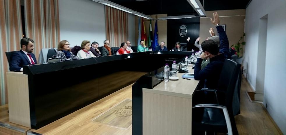 PSOE, Grupo Independiente y Extremeños aprueban el presupuesto municipal del 2019