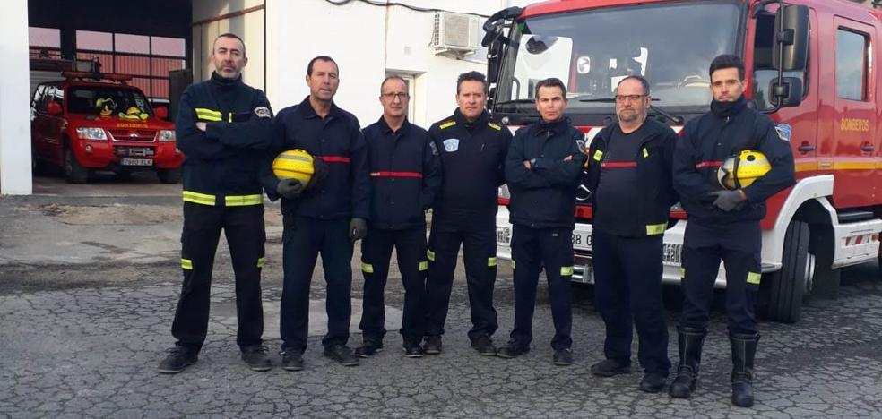 Los bomberos guardan un minuto de silencio en repulsa por la muerte de Laura Luelmo