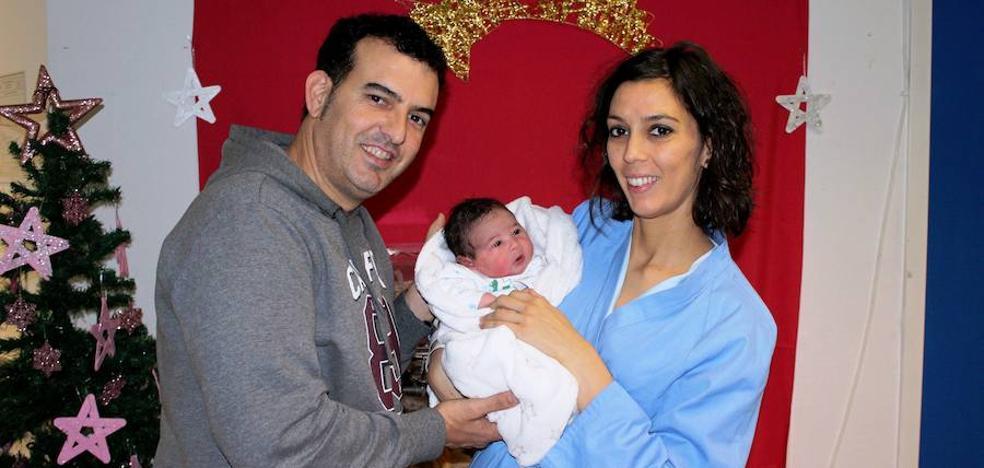 Mateo González Muñoz, primer bebé nacido en el hospital en 2019