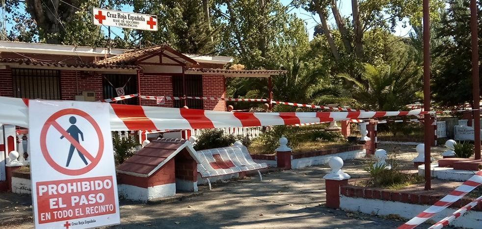 El puesto de socorro de Cruz Roja lleva casi siete meses precintado