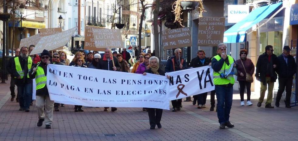 Jubilados y pensionistas vuelven a pedir en la calle pensiones dignas