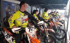 El Moto Club Campo Arañuelo presenta la nueva temporada de su equipo de competición