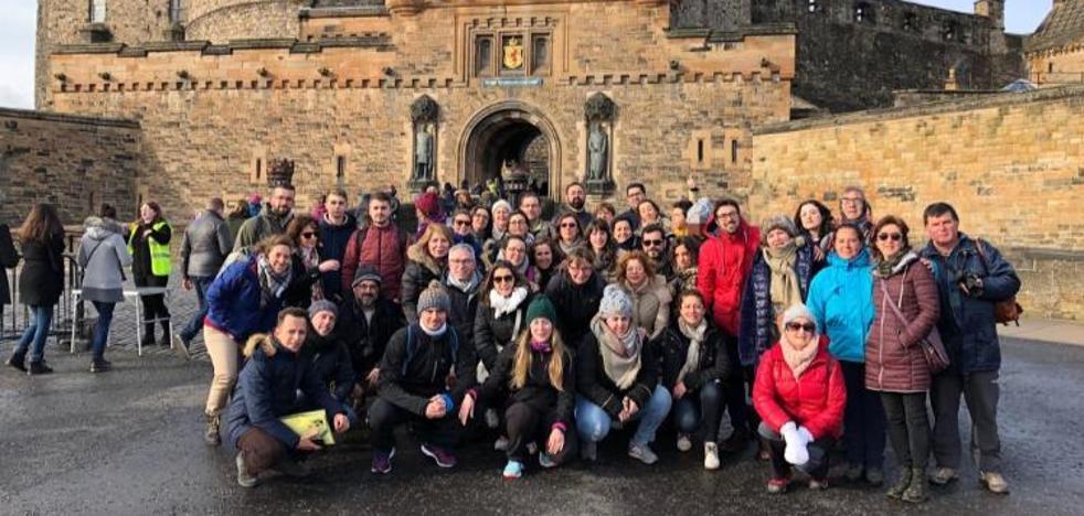La Escuela Oficial de Idiomas realiza un viaje de estudios a Escocia