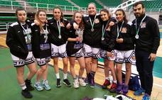 Las chicas de Reale Seguros BCN, subcampeonas junior