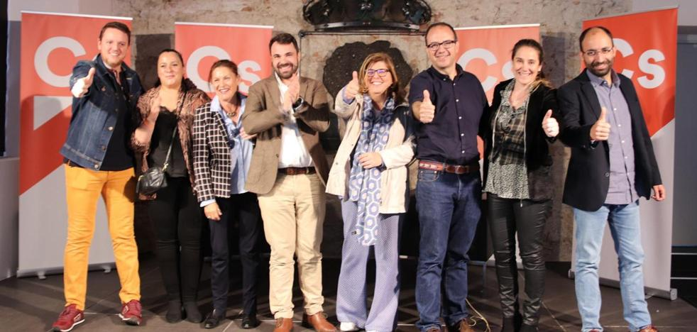 Ciudadanos presenta a Ángel Muñoz con candidato a la alcaldía