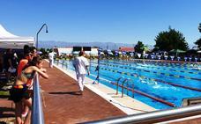 El XVI Trofeo 'Campo Arañuelo' reúne a cerca de 300 nadadores