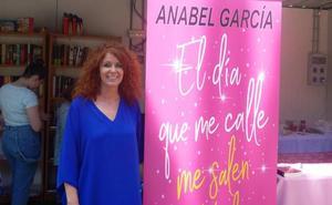 Anabel García presenta en la Feria del Libro su última novela