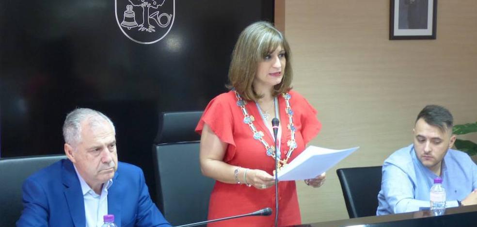 El voto popular da la alcaldía a Raquel Medina al no lograr ningún candidato mayoría absoluta