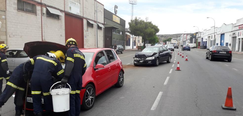 Tres heridos leves en una colisión múltiple cerca del campo municipal de deportes