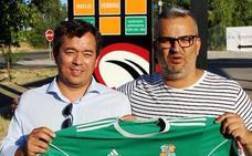 El Moralo presenta a su nuevo entrenador, José Diego Pastelero