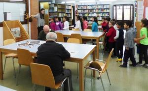 El PP insta al Ayuntamiento a solicitar subvenciones para ampliar el fondo de las bibliotecas públicas