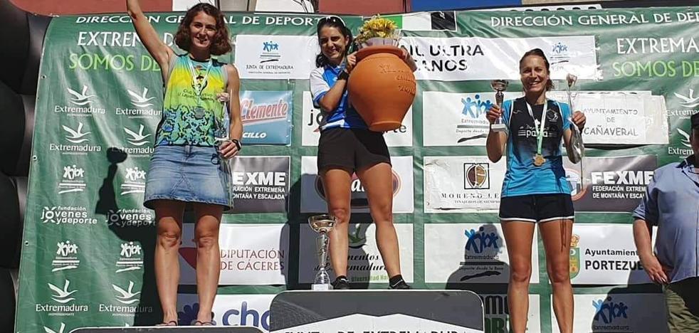 La corredora morala Lidia de la Calle, repite como campeona de Extremadura de Ultra Trail
