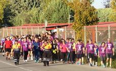 Multitudinaria marcha hasta Millanes por el Alzheimer