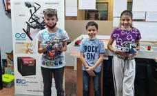 ArcaDroidEx participará con dos equipos en la fase zonal de la World Robot Olympiad