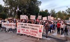 Treinta municipios se unen contra el cierre de estaciones de tren