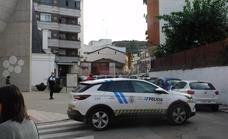 El médico que atendió a la niña que cayó desde el balcón agradece el «comportamiento ejemplar» de la Guardia Civil y la Policía Local