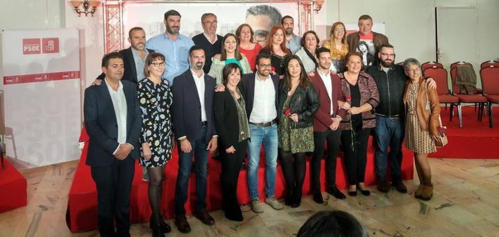 Vara e Ibarra participan en la presentación de la candidatura municipal del PSOE de Olivenza