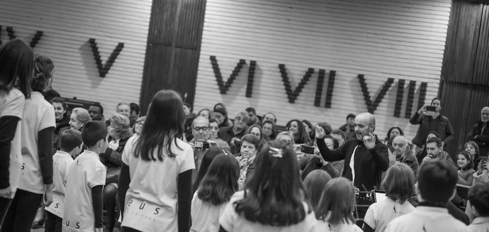 El coro Amadeus-IN este viernes en Olivenza un concierto gratuito con obras de tradición oral