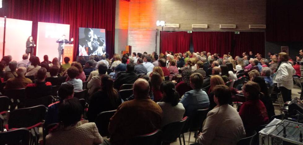 El PSOE de Extremadura cierra en Olivenza la campaña de las elecciones generales