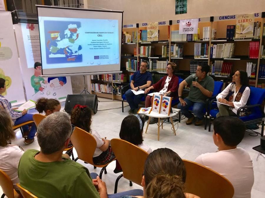 Presentadas varias creaciones literarias en la Feria del Libro de Olivenza