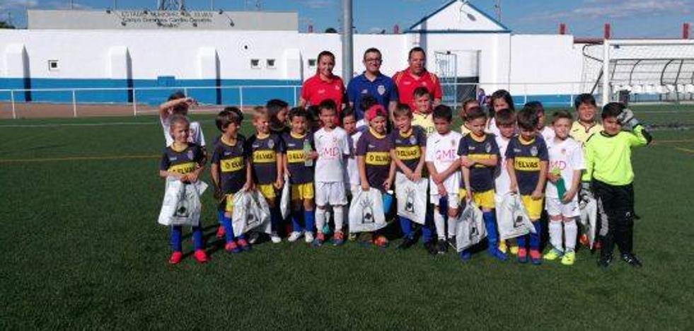 El equipo prebenjamín B de la GMD disputa un partido internacional en Portugal