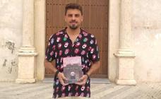 El oliventino Fran J. Silva saca a la luz su novela de misterio 'La silueta de un calvario'