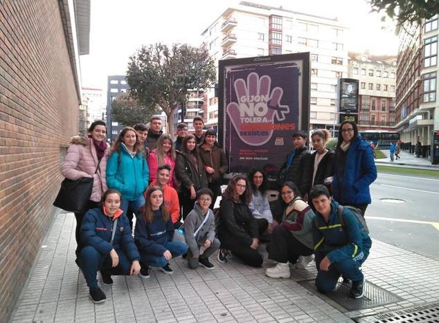 El IES Díez-Canedo celebra su X Festival de Teatro Escolar