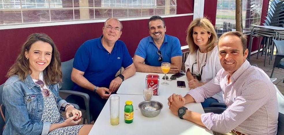 José Antonio Monago visita a la Junta Local de PP poblanchino