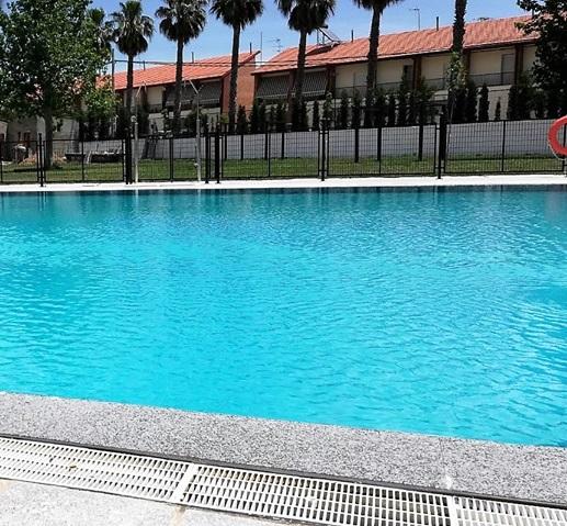 La piscina municipal abrió sus puertas el pasado sábado