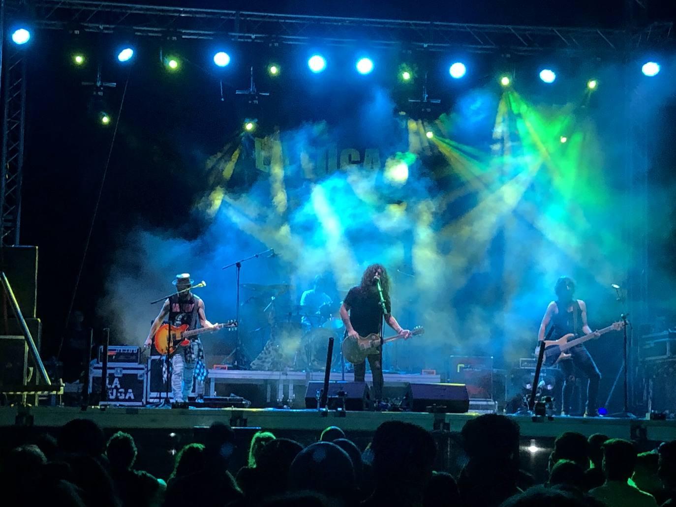 El concierto de La Fuga y Sínkope reunió a más de un millar personas en Quintana