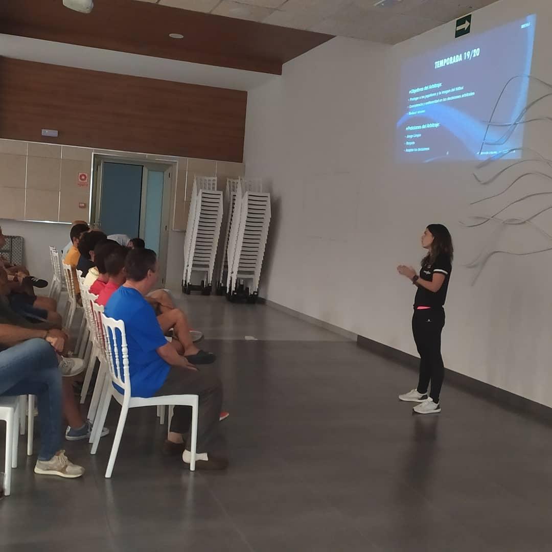 El CD Quintana recibe una formación de la Delegación de árbitros de Castuera