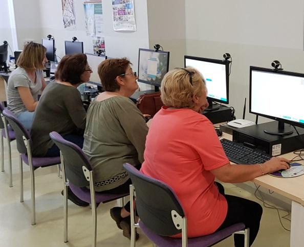 El NCC imparte un taller de Administración electrónica
